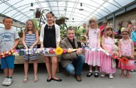 cutting-ribbon-at-Dobbies