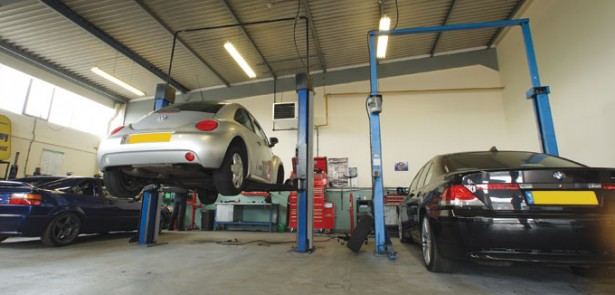autoworks-peterborough-garage