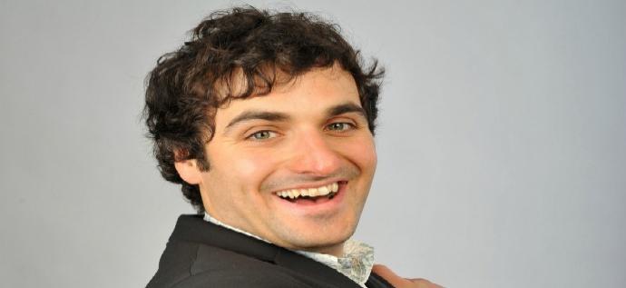 Comedy - Patrick Monahan: Hug Me I Feel Good